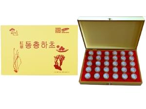 Đông Trùng Hạ Thảo Hàn Quốc Hộp Gỗ Màu Vàng 30 Viên
